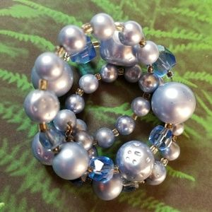 Vintage blue beads Bracelet memory wire